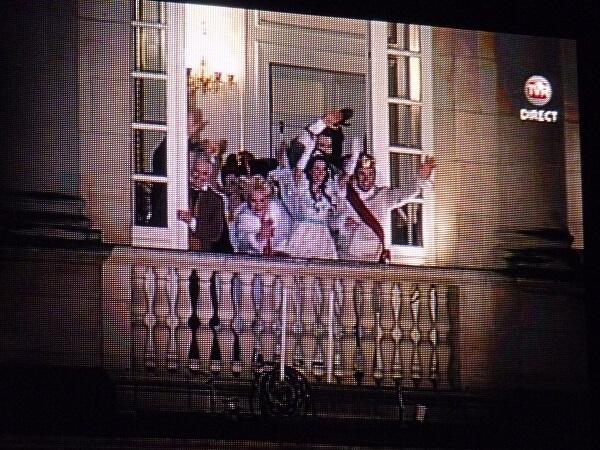 Les acteurs saluent le public rennais