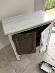 1ère couche de peinture meuble bois