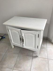2 couches de peinture meuble bois