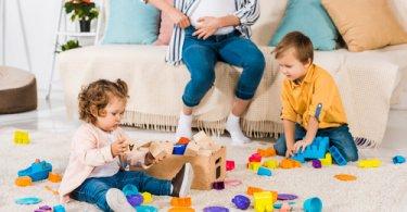 Garde d'enfant à la maison